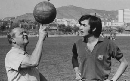 Joan Manel Serrat i Llorens, exporter del FCB.